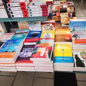 AMIS AIXOIS, courez vite chez Goulard, mon livre est arrivé 😍😍😍.